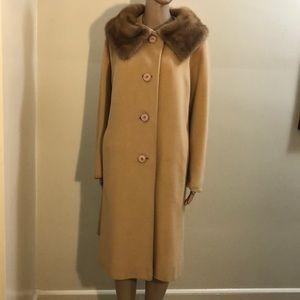 💯% Mongolian Cashmere Coat w/Genuine Fur Collar
